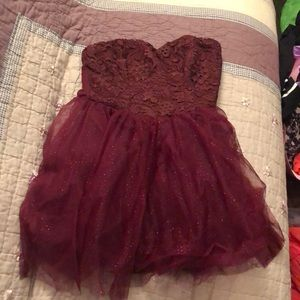 Size 3 red strapless lace short princess dress